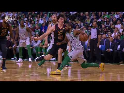 Best 20 Crossovers and Handles From Week 17 of the NBA Season (Kyrie, Damian Lillard and More!)