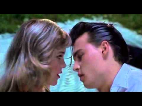 French-Kiss, extrait de Cry-Baby (1990)