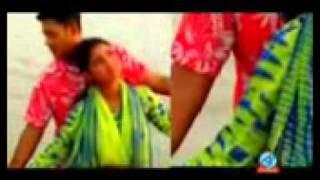 Ayub Bachchu Ekta Din Chol Akase_New.avi