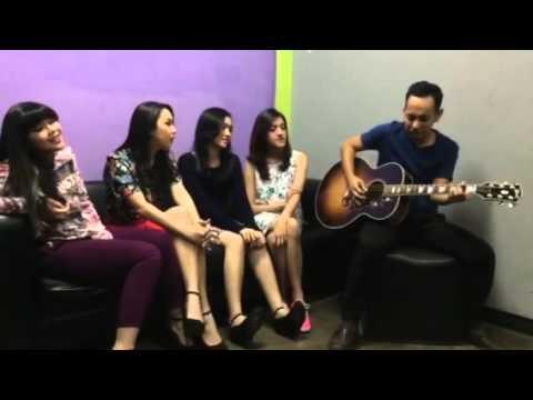 Seindah Biasa - Blink dan Pongki Barata (acoustic)