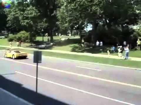 Choques Super Autos, Super idiotas