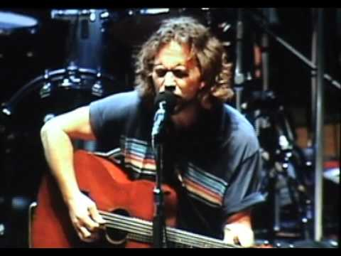 Pearl Jam - Around The Bend