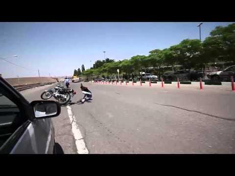 تصادف موتور سنگین در شیراز موتور سواری در ایران - VidoEmo - Emotional Video Unity