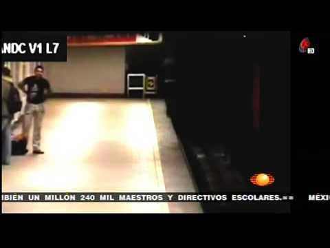 Llamada telefónica causó accidente en el Metro Polanco    Noticiero con Joaquín López-Dóriga