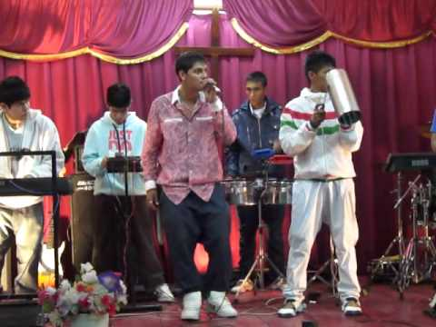Grupo Impacto Cumbia Cristiana en CES Iglesia Salta Argentina