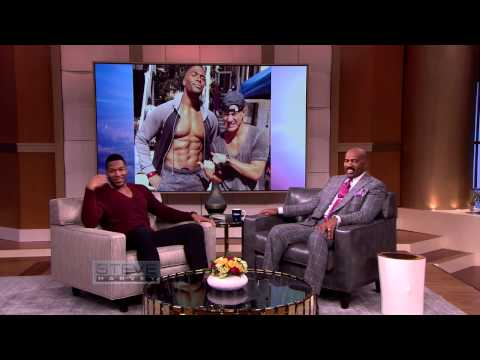 Michael Strahan gets ripped for Magic Mike XXL