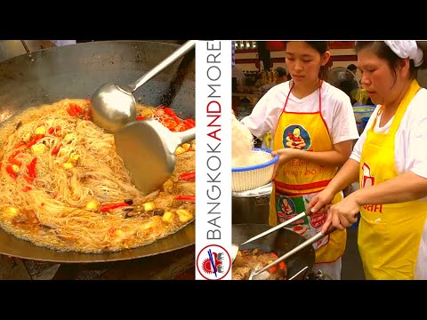 CHINATOWN WILL NEVER DIE | Live Cooking