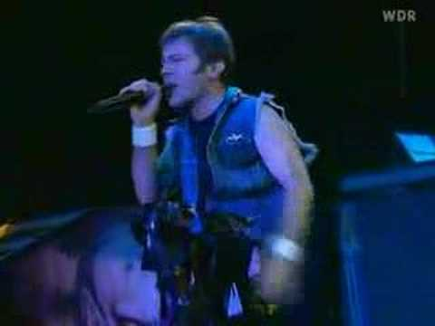 Iron maiden - die with your boots on (live 03)