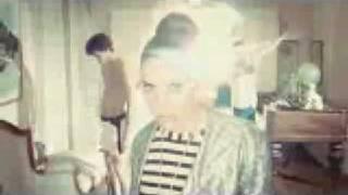 Watch Lykke Li Little Bit video