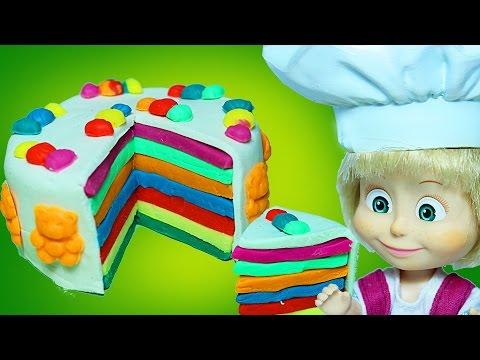 Видео с игрушками.  Лепим тортик из цветного пластилина с куклой Машей.