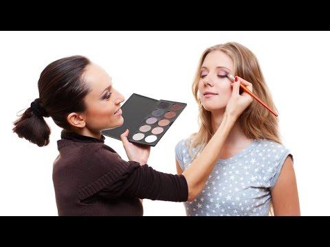 Curso Profissional de Maquiagem - Maquiagem para os Olhos
