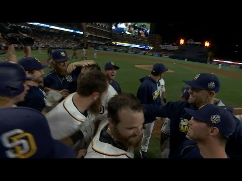 Norris scores on balk to win game in the 10th