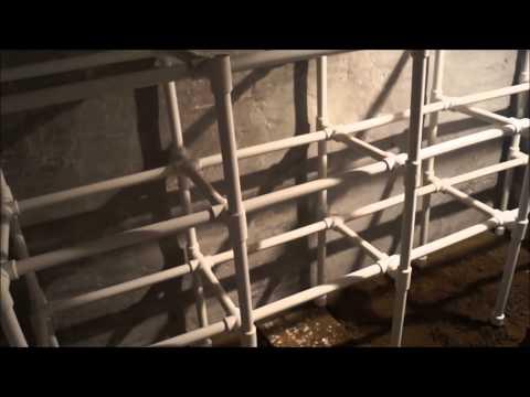 Стеллаж в погреб из полипропиленовых ПВХ труб – фото