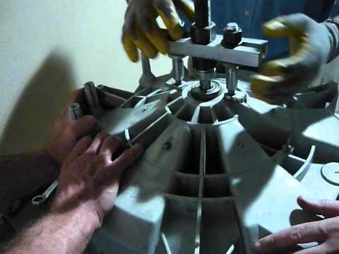Come sostituire i cuscinetti del cestello della lavatrice ariston