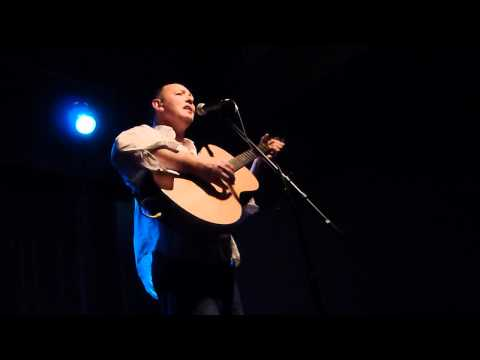 Francis Dunnery singing I'm Still Too Young to Remember (Tin Angel 6/10/12)