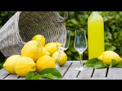 Receta para preparar limoncello. Bebidas italianas / Cocteles / Limoncello receta italiana