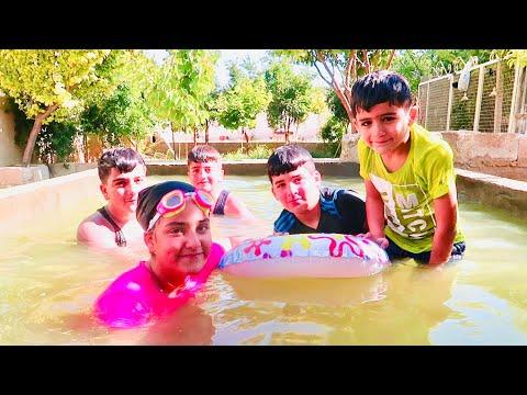 طاح محمد في المسبح | تحدي السباحة والغطس ؟ 