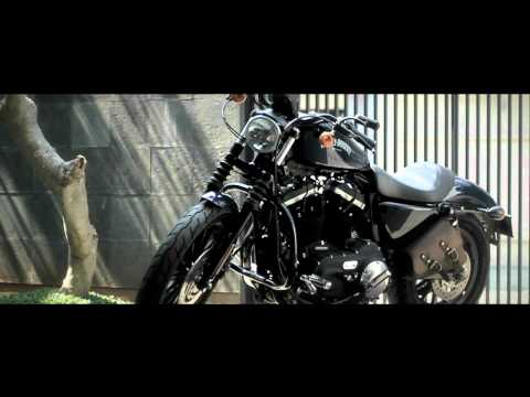 2012 Harley Davidson Sportster XL883N IRON with Screamin' Eagle Slip On Mufflers