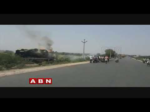 Truck carrying grass catches blaze at Nalgonda district