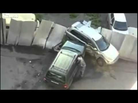 Жена застукала мужа/car crash(strangeworlds.at.ua)