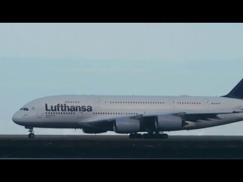Panasonic gh4 and Panasonic 100-300 mm | Airbus A380 Take Off | SFO