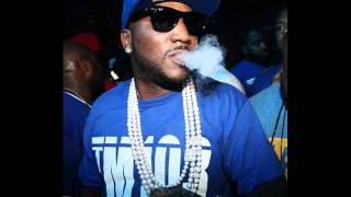 Watch Young Jeezy Shake Life video