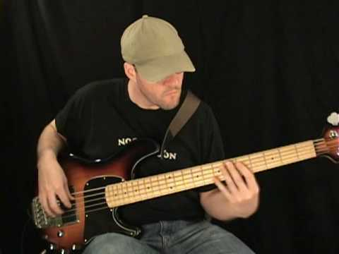 Josie -  Steely Dan (Bass Cover)