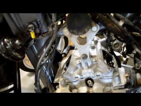 Suzuki DR-650 Valve Check and Adjustment Tutorial (HD)