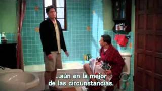 Two and a half men: Ocupado! (Sub en español)