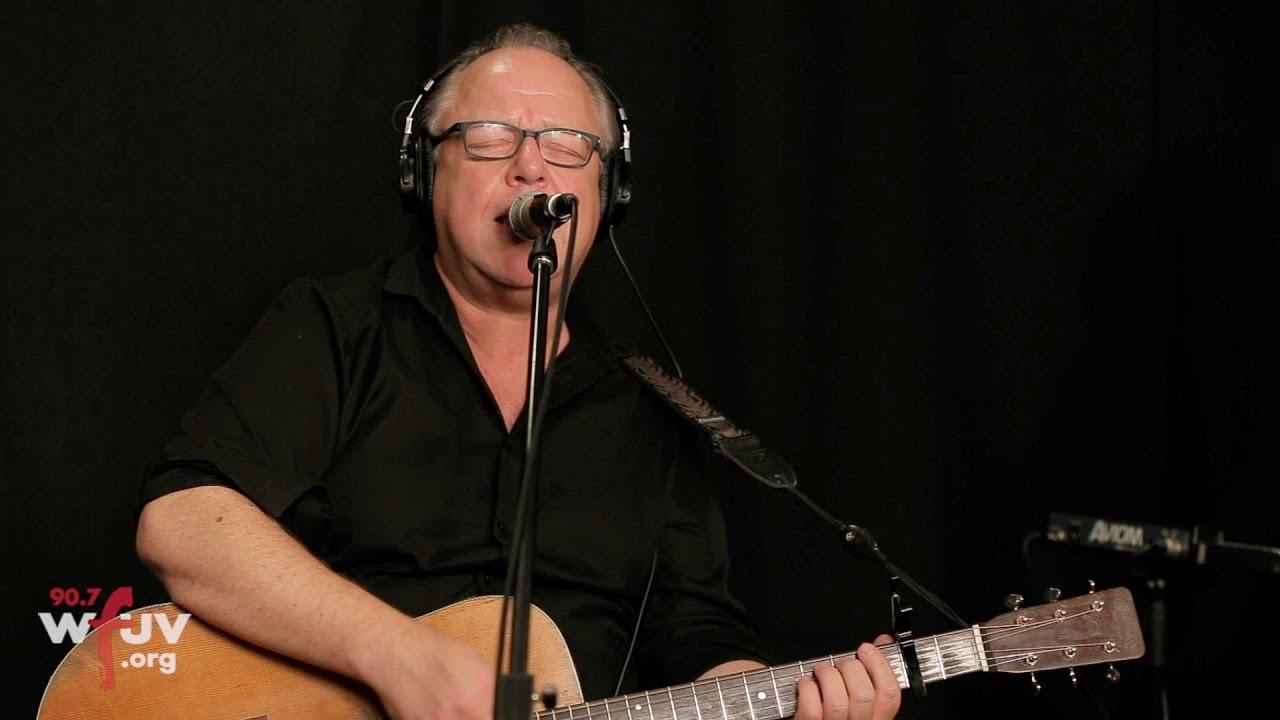 """Pixies - 米ラジオ局WFUVにて""""Catfish Kate""""など3曲を披露 ライブ・セッション映像を公開 thm Music info Clip"""