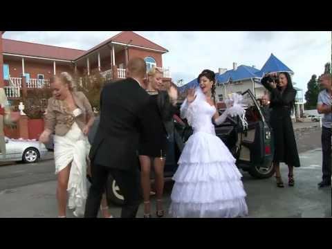 """Танцы на свадьбе под """"Валеру"""""""
