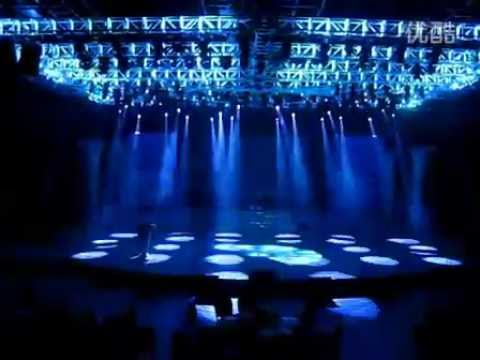 The coolest LED lighting show.flv