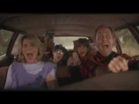 Harry and the Hendersons car scare