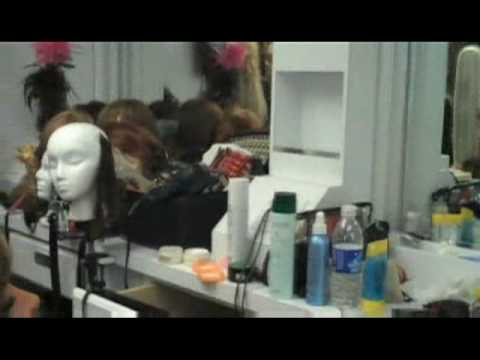 lisa renna hairstyle. DWTS - Behind the Scenes - Lisa Rinna and Lil' Kim. May 22, 2009 9:18 PM. Derek talks to Lisa Rinna and Lil' Kim.