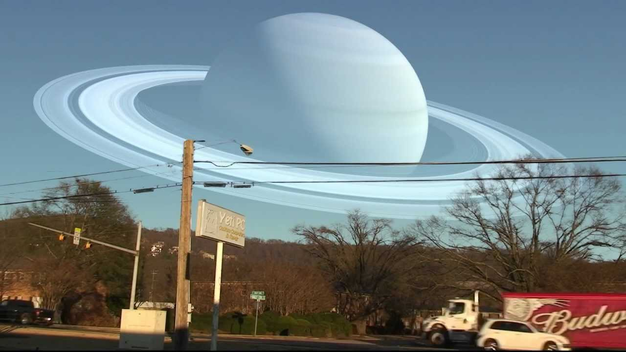 What if the moon was replaced by planets from our solar