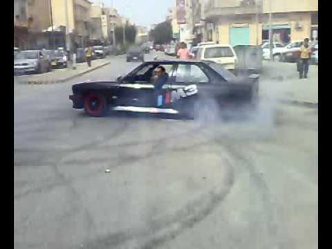 تمتيع علاء الشركسي في السلماني — بنغازي BMW M3 Power Drift In Benghazi