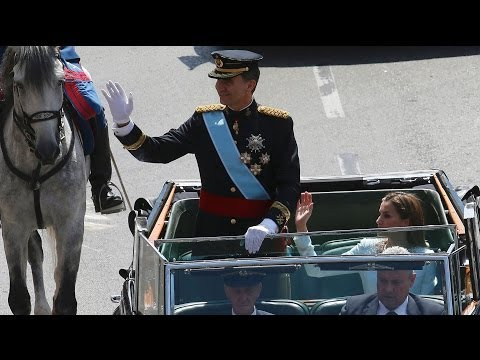 Spain's King Felipe VI crowned