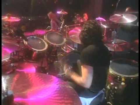 Brian May - Hammer To Fall
