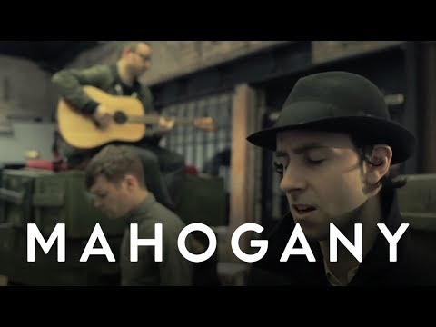 Maximo Park - The Undercurrents (Acoustic) // Mahogany Session