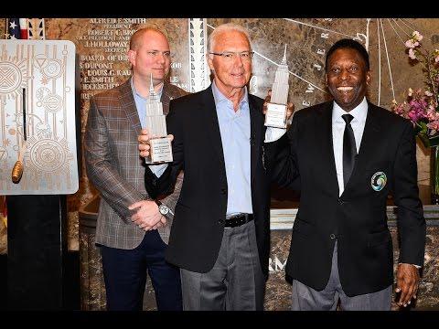 Pelé & Beckenbauer Light Empire State Building Cosmos Green