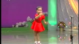 Cute Small Girl Sings Japanese Song On Stage