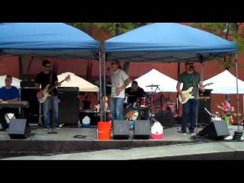 Strange Notes live at the West Side Market, 08/04/12