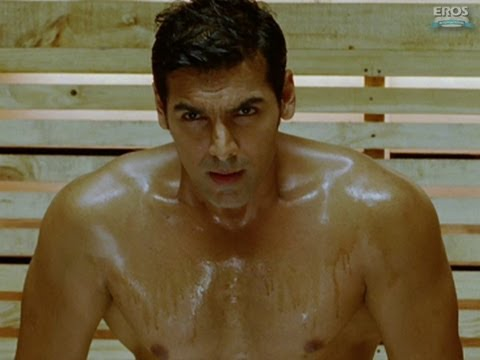 John Abraham Has A Sauna Bath | Housefull 2