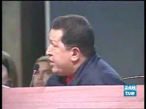 El rey manda callar a Hugo Chavez - Why don't you shut up?