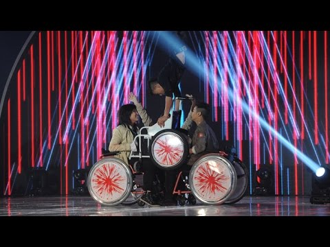 TGT S4-4D Final EP13 :TGT10 - Wheel Chairs Dance