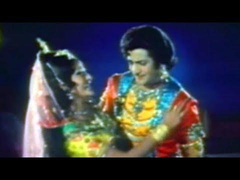 Rajaputra Rahasyam Songs - Sirimalle - N. T.rama Rao, Jayapradha video