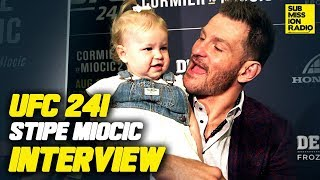 UFC 241: Stipe Miocic Gets Mushy With Daughter Ahead of Daniel Cormier Fight