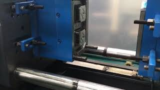 Test small box mold with Haijiang 118t Injection molding machine