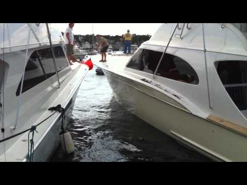 Yacht Breaks Window Trying to Dock in the Vinyard