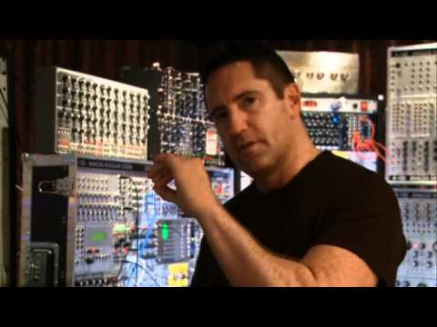 Trent Reznor - Swarmatron (The Social Network bonus DVD)